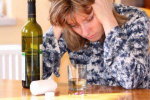 Как вылечить женский алкоголизм в домашних условиях