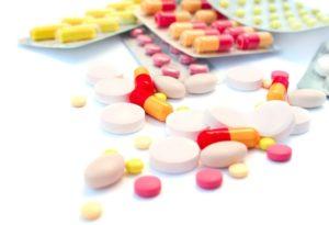 Лечение панкреатита медикаментами: какие таблетки лучше, симптомы у взрослых, как лечить