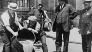Исторические предпосылки для введения сухого закона в США и СССР