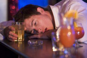 Бессонница после запоя : виды алкогольной бессонницы