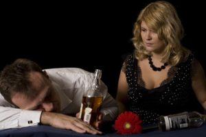 Как вести себя с алкоголиком – основные принципы