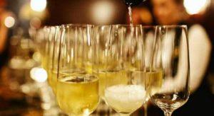 Шампанское: польза и вред организму