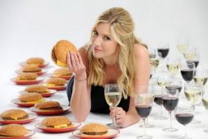 Алкоголь во время диеты – о влиянии спиртного на лишний вес