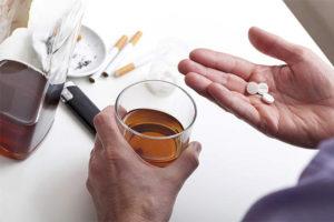 Совместимость и взаимодействие Мелаксена и алкоголя, побочные действия