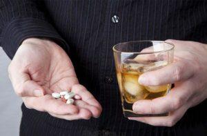 Снотворное совместимое с алкоголем: какие принимать, сколько, последствия