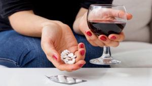 Противозачаточные и алкоголь: совместимость, противопоказания