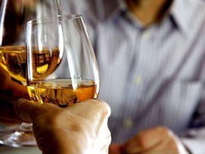 Можно ли употреблять алкоголь с Клиндамицином, возможно ли использовать со спиртным