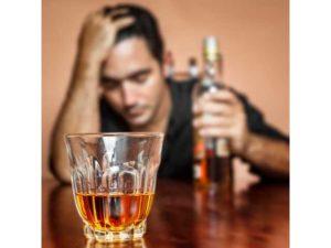 Крепкий алкогольный напиток алконавтов