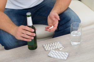 Андипал и алкоголь: совместимость и можно ли пить с похмелья