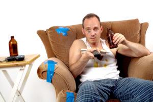 Муж каждый день пьет: что делать если выпивает после работы