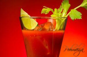 Помогает ли томатный сок от похмелья?