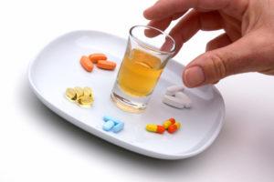 Фезам и алкоголь: совмещать нельзя