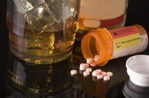 Можно ли употреблять Сонмил и алкоголь, последствия употребления с алкоголем